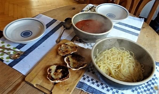 Linguine, scharfe Tomatensauce, Muschelragout (16)