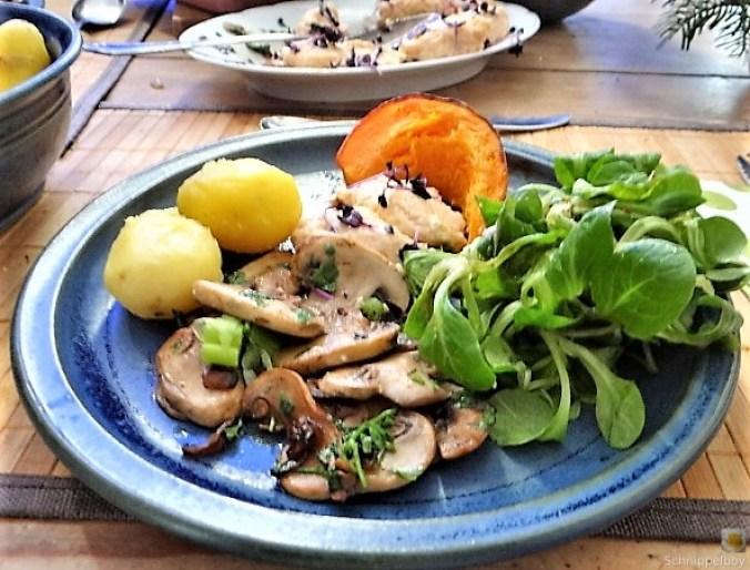 Ricottanocken,Champignon,Salat,Kürbis (4)