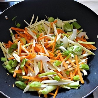 Wokgemüse mit Glasnudeln (11)