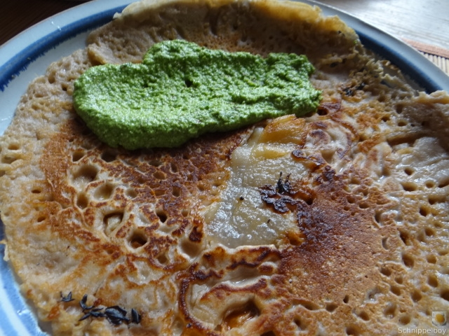 Buchweizenpfannkuchen,Ruccolapesto,Quittenkompott (2)