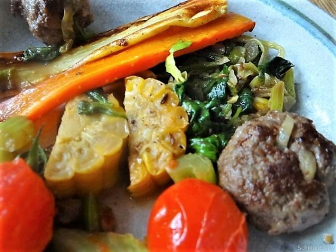 Gemüse und Hackbällchen orientalisch (3)