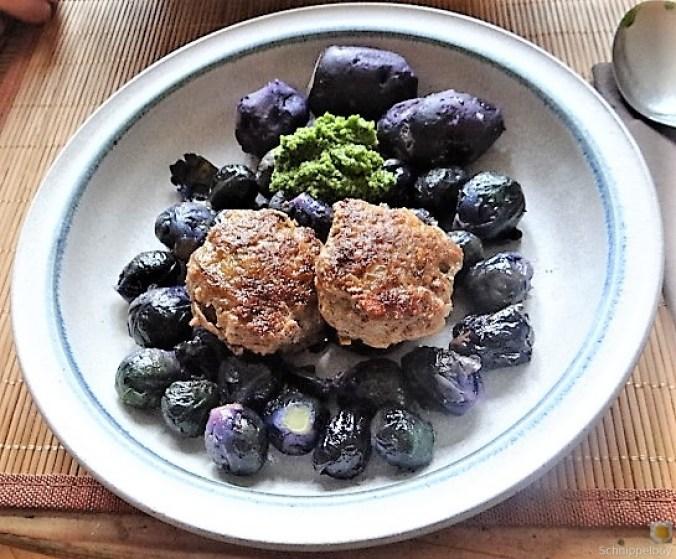 Lila Kohlröschen,Frikadellen, Kartoffeln (1)