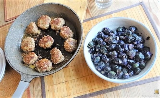 Lila Kohlröschen,Frikadellen, Kartoffeln (4)