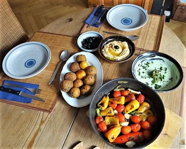 Falafel, Hummus, Gemüse, (7)