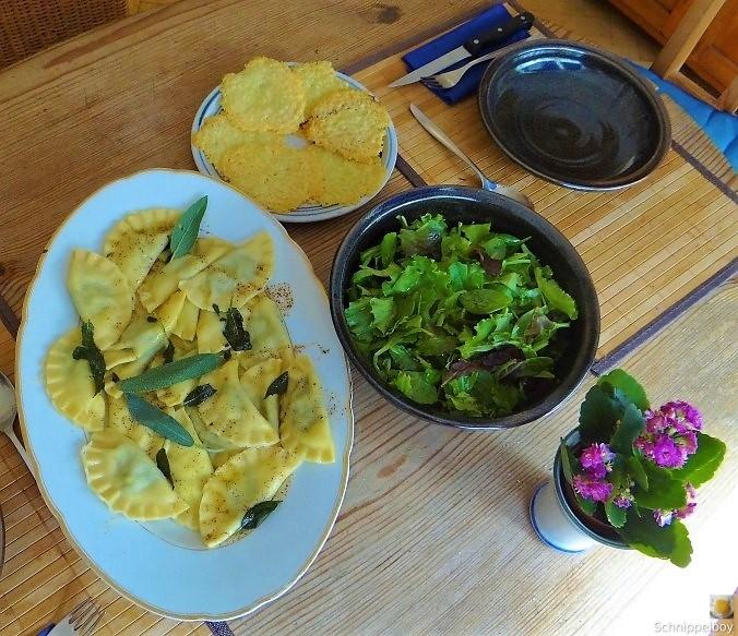 Ravioli mit Feta Spinat Füllung (3)