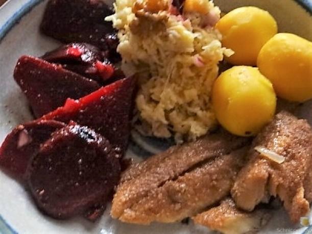 Waldorfsalat, Rote Bete Salat, Brathering (4)