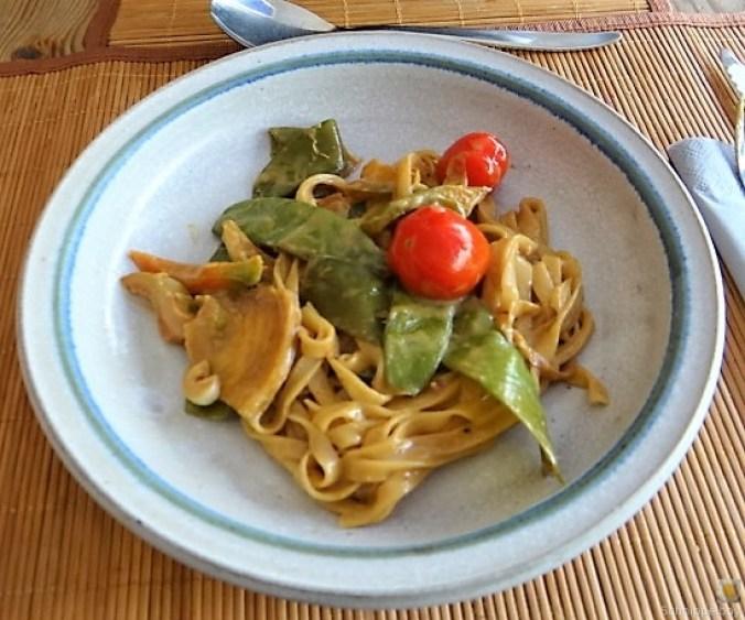 Wokgemüse mit Reisnudeln (2)
