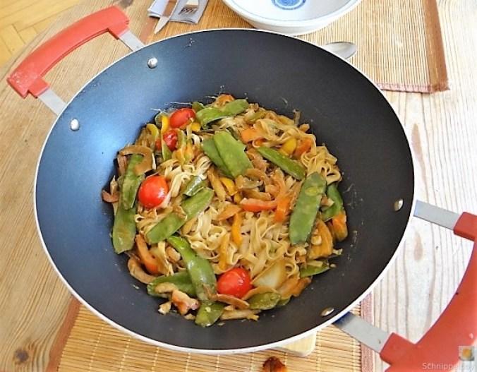 Wokgemüse mit Reisnudeln (4)
