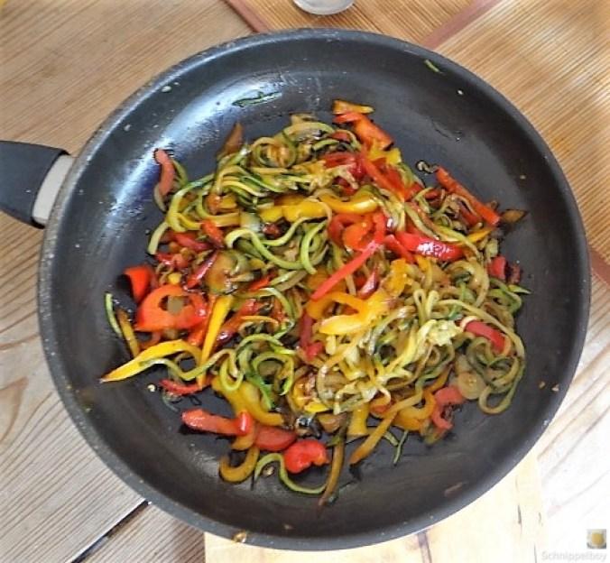 Zucchini Zoodles, Spaghetti, Felfsalat (17)