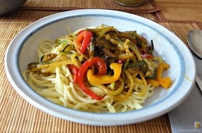 Zucchini Zoodles, Spaghetti, Felfsalat (21)