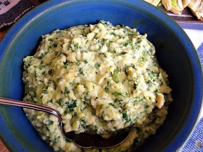 Pastinaken- Sellerie-Kartoffelstampf mit Bärlauch, (15)