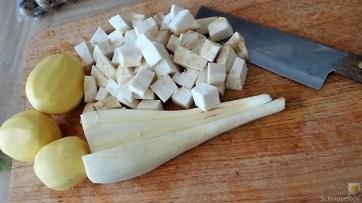 Pastinaken- Sellerie-Kartoffelstampf mit Bärlauch, (8)