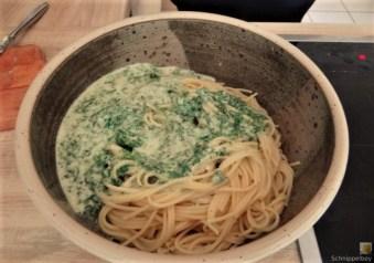 Spaghetti mit Gorgonzola-Brennesselsauce (14)