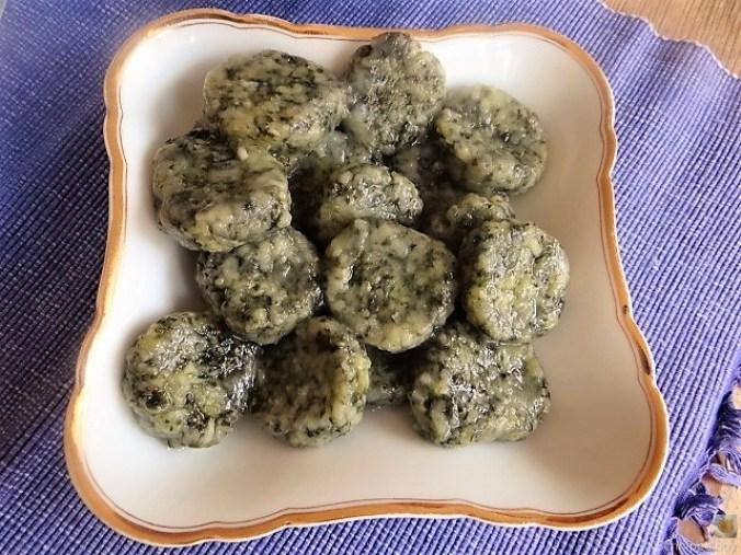 Wildkräuter Gnocchis, Poulardenbrust, Geschmorte Tomaten (6)
