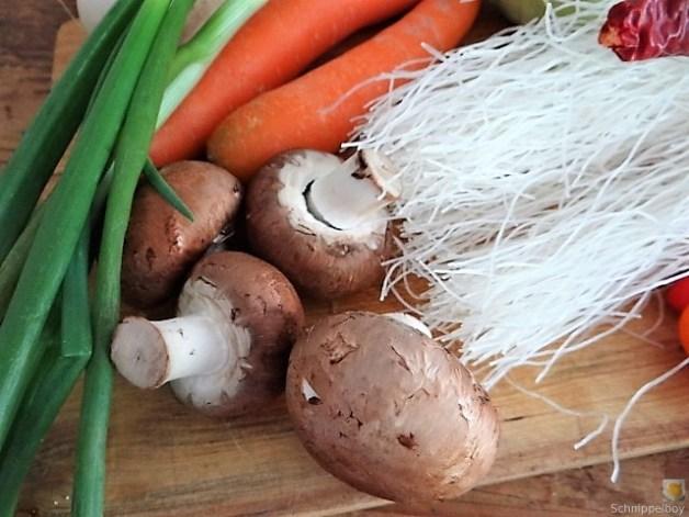 Gemüsesuppe mit Glasnudeln (10)
