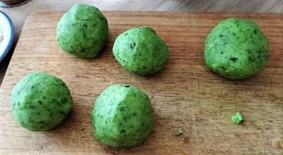 Grüne Klöße, Grüner Spargel, Zitronensauce (16)