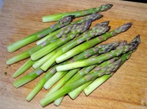 Grüne Klöße, Grüner Spargel, Zitronensauce (9)