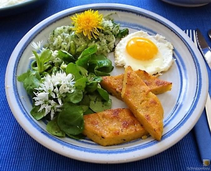Polenta, Salate und Spiegelei (1)