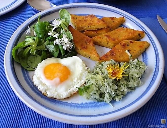 Polenta, Salate und Spiegelei (26)
