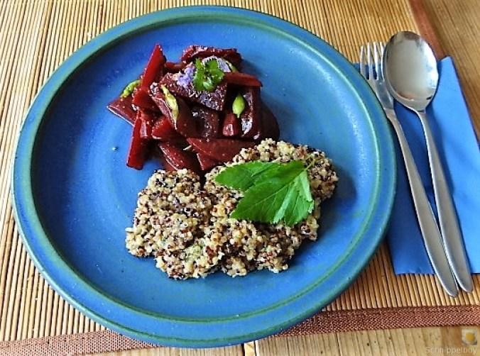 Quinoa Risotto, Rote Beete Gemüse (1)