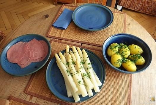 Spargel,Rinderschinken,Erdbeeren (15)