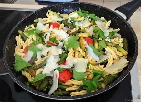 Spirelli,Spargel und Tomaten (26)