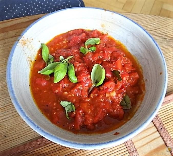 Buchweizen Pfannkuchen und Tomaten Ragout (18)
