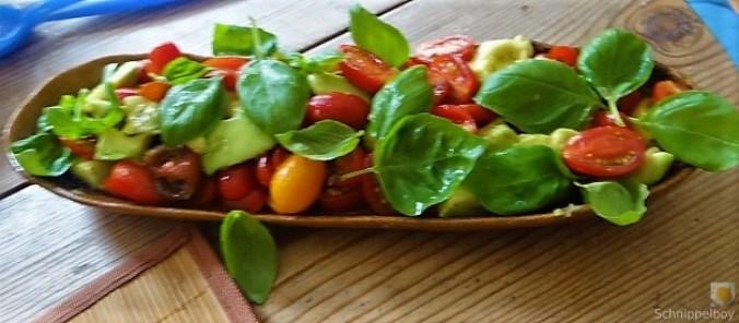 Kartoffel-Spinat Taler, Champignon, Tomaten-Avocado Salat (26)