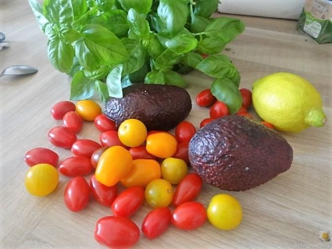 Kartoffel-Spinat Taler, Champignon, Tomaten-Avocado Salat (9)
