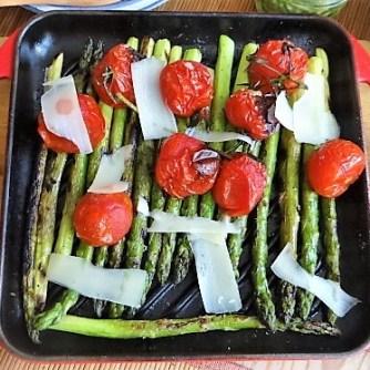 Rührei mit Krabben, Grüner Spargel und Tomaten (15)