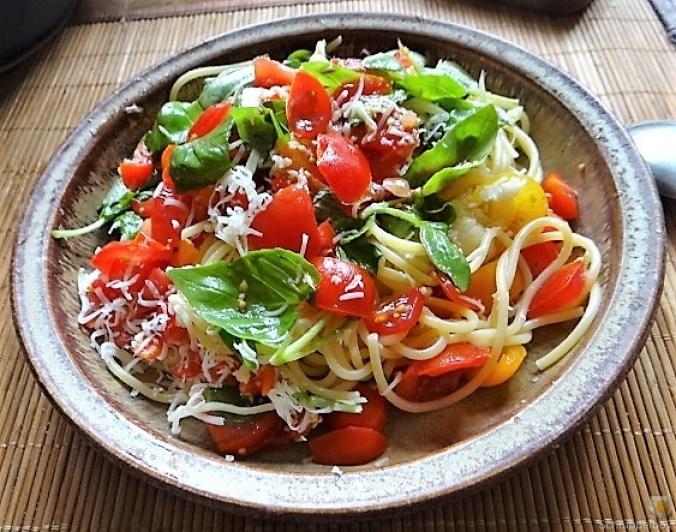 Spaghetti-Keka und Kirsch-Crumble (2)