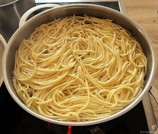 Spargel, Selbstgemachte Spaghetti, Lachsforelle (19)