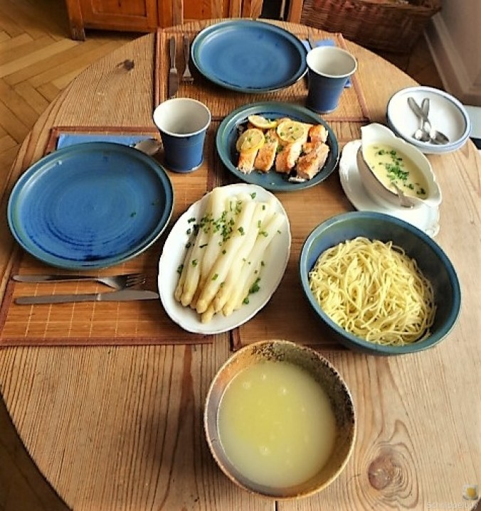 Spargel, Selbstgemachte Spaghetti, Lachsforelle (25)