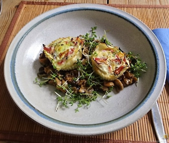 Zucchini Röllchen mit Champignon (20)