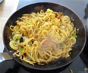 Kartoffel Zoodles und Shiitake-Champignon Pfanne (12)
