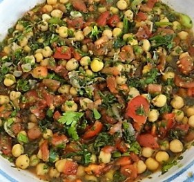Kichererbsensalat mit Guacamole (18)
