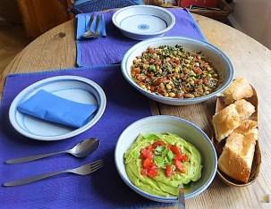 Kichererbsensalat mit Guacamole (25)