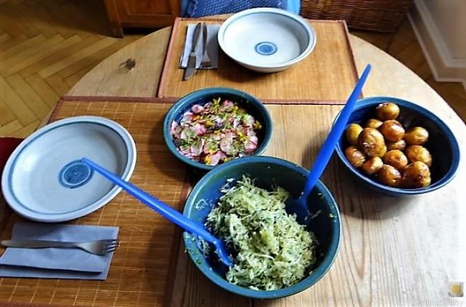 Ofenkartoffel mit Kohlrabi und Radieschensalat (6)