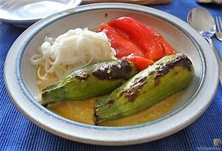 Spitzpaprika in Kokosmilch mit Minizucchini und Reisnudeln (20)