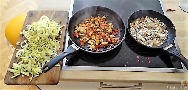 Zucchini Zoodles, Gemüse und Meeresfrüchte (11)