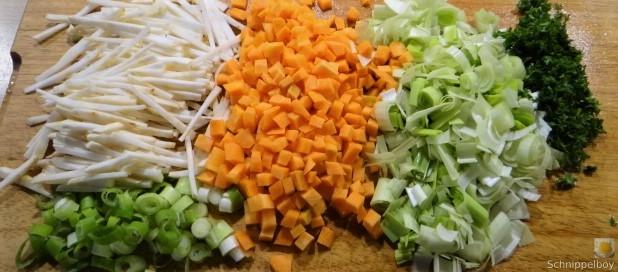 Hühnersuppe mit Salzzitrone (13)