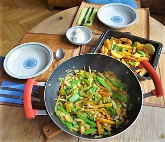 Gemüsepfanne und Ofenkartoffeln (21)