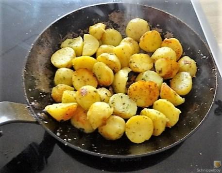 Salat von der geräucherten Forelle (14)