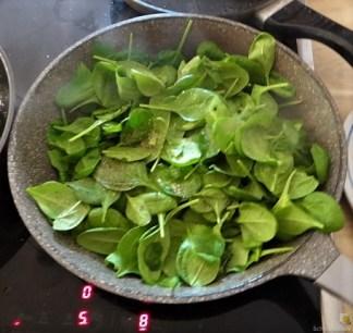 Gemüse, Rührei, aufgebackene Kürbisküchlein (13)