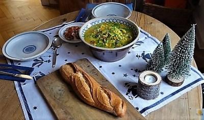 Gemüsesuppe leicht orientalisch gewürzt (18)
