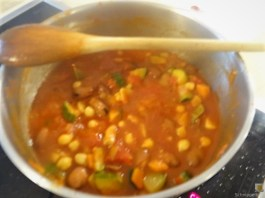 Kichererbsen in scharfer Tomatensaucen (17)