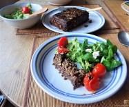 Leanders Nussbraten mit Guacamole und Feldsalat (28)