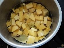 Steckrüben-Kartoffel Stampf mit versunkenen Eiern (14)