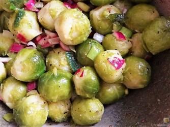 Kartoffelauflauf und Rosenkohlsalat (17)