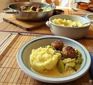 Lauch, Hackklößchen und Kartoffelstampf (17)